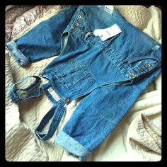 Selling this Cotton on blue destroyed denim boyfriend overalls in my Poshmark closet! My username is: k4si4. #shopmycloset #poshmark #fashion #shopping #style #forsale #Cotton On #Denim