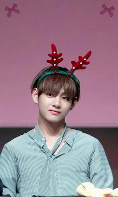 i'm going to put this photo on the front of our christmas cards #V #Taehyung #BTS