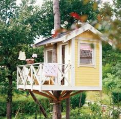 .yellow treehouse