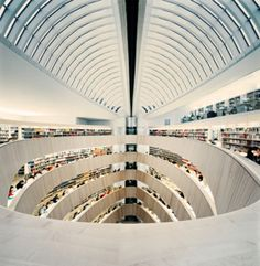 Library of the Raoul Wallenberg Institut at the University of Zurich, Switzerland by architect Santiago Calatrava / photographed by Benjamin Antony Monn Library Architecture, Gothic Architecture, Amazing Architecture, Contemporary Architecture, Interior Architecture, Amazing Buildings, Organic Architecture, Interior Design, Santiago Calatrava