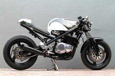 Custom Cafe style Suzuki Bandit 400
