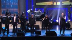 Kevin Spacey and All-Star Lineup Perform 'Piano Man' With Billy Joel