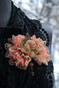 """Купить Брошь """" Монпансье"""" - брошь, брошь роза, текстильная брошь, винтажная брошь"""