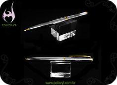 Suporte de caneta em acrílico cristal.  Pen support in crystal acrylic.
