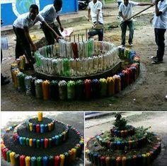 Amazing ideas to reuse plastic bottles - Recycled Garden Ideas Reuse Plastic Bottles, Plastic Bottle Crafts, Recycled Bottles, Preschool Garden, Cement Garden, Diy Herb Garden, Recycled Garden, Bottle Garden, Plastic Design