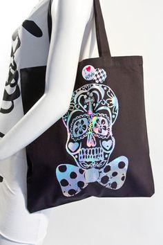 Last night I was seriously wishing Mondo would make a sugar skulls tote bag & he did!