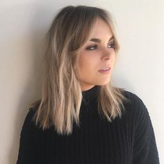 20 Sassy and Sultry Medium Shaggy Hairstyles - Haircuts & Hairstyles 2019 Short Medium Length Hair, Short Hair Lengths, Medium Hair Cuts, Medium Hair Styles, Short Hair Styles, Medium Shaggy Hairstyles, Hairstyles Haircuts, Braided Hairstyles, Cool Hairstyles