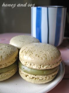 Green tea white chocolate ganache macarons