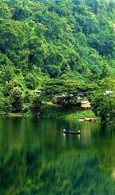 Boga Lake, naturally created from the sea surface, is about 2700 feet high. Beautiful Roads, Beautiful Places, Beauty Around The World, Around The Worlds, Saint Martin Island, Bangladesh Travel, Cambodia Travel, Tourist Places, Beach Pictures