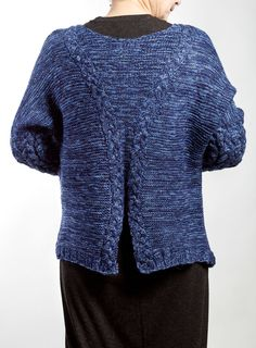 Hand knit Cardigan. Color: Blue Material: pure wool Size:S,M