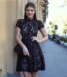 Hoje a blogueira da vez é Ariane Canovas ... Linda, com milhões de seguidores no #insta, com os looks mais meigos e deusos que já vi. ...
