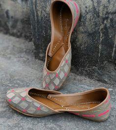 80cc66d9a3e 11 Best Bridal Shoes images