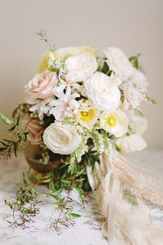 Southern Charm Photo by Annabella Charles, Styling Everbloom Designs, Flowers Haute Horticulture