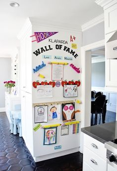 """Make a DIY Display for Your Kids' Schoolwork and Art Projects – Project Nursery My finished Kids Artwork """"Wall of Fame"""" Easy Diys For Kids, Wall Of Fame, Toy Rooms, Project Nursery, Classroom Decor, Artwork Wall, Artwork Display, Art Wall Kids Display, Art Wall For Kids"""