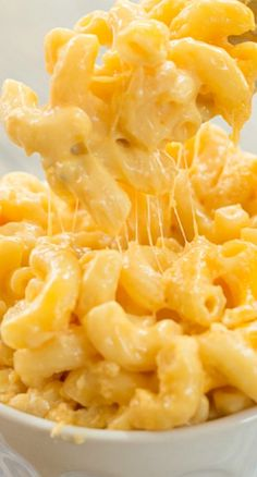 Slow Cooker Macaroni and Cheese Recipe ~ Quite possibly the easiest macaroni and cheese you'll ever make!