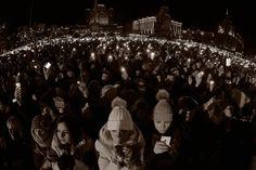 """Щоб ніколи не забути. 60 вражаючих фото з Майдану15 грудня, під час концерту гурту """"Океан Ельзи"""". Фото з сайту gk-press.if.ua."""