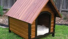 Insulated dog house. DIY. Maybe a project I do soon