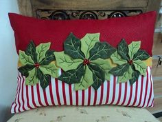 Christmas pillow with holly leaves Christmas Sewing, Christmas Fabric, Christmas Pillow, Christmas Projects, Holiday Crafts, Christmas Crafts, Christmas Decorations, Felt Pillow, Quilted Pillow