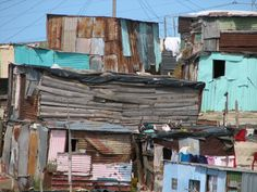A township in South Africa. I spent some time working in the slums in and around Cape Town in The people are beautiful. Derelict Buildings, Slums, Sustainable Design, Sustainable Living, African Art, Cape Town, South Africa, Exterior, World