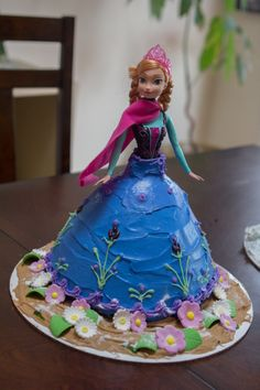 Anna Frozen Birthday Party Cake