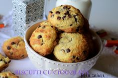 Chocolate Chip Cookies fara zahar - Retete culinare by Teo's Kitchen Chocolate Chips, Chocolate Chip Cookies, Cream Cheese Frosting, Cookie Recipes, Biscuit, Muffin, Sugar, Breakfast, Kitchen
