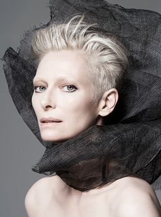 Tilda Swinton, l'ambassadrice de Nars http://www.vogue.fr/beaute/buzz-du-jour/articles/tilda-swinton-l-ambassadrice-de-nars-1/24247 OMG could she be any more beautiful?