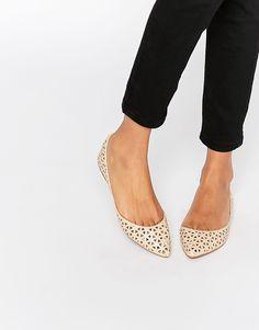 Bild 1 von Steve Madden – Evelyne – Flache Schuhe mit Zierausschnitten
