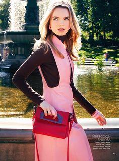 Aurelia Gliwski wearing DELPOZOFW14 Collection for Glamour Mexico, November issue.