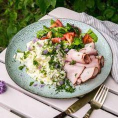 Potatissallad med rökt skinka Omega 3, Coleslaw, Tex Mex, Feta, Potato Salad, Mozzarella, Potatoes, Vegetarian, Chicken