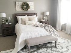 Nice 70 Urban Farmhouse Master Bedroom Ideas https://decorapartment.com/70-urban-farmhouse-master-bedroom-ideas/
