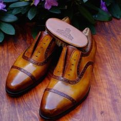 http://chicerman.com  mafteishoes:  This pair of bespoke Oxfords has travelled quite some miles: Patina by Dandy Shoe Care in Italy. Final destination: Sweden. #maftei #dandyshoecare #bespokeshoes  #menshoes