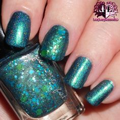 Lazy Lacquerista: Femme Fatale Swatch :: Gentlemen's Scuffle and Spindleweb