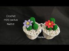 Crochet mini cactus Part 1/2 Petals and Brown baseวิธีถักดอกกระบอกเพชรและฐานสีน้ำตาล - YouTube