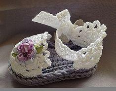 Sandalias de ganchillo bebé en lavanda por TippyToesBabyDesigns