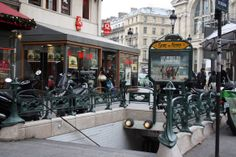 Paris, Métropolitain, Entrée de la station Gare du Nord 4, arch. Hector Guimard