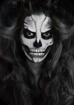 Skeleton Makeup (Looking past the evil and creepiness of this, and solely looking at the makeup aspect.. it's awesome.)