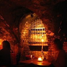 Gordon's Wine Bar This dark and discreet, bar is perfect for whispering secrets over glasses of delicious wine. The food's good too, and the location is super easy. Tube: Charing Cross or Embankment Date Night London, Oh The Places You'll Go, Places To Visit, London Activities, Wine Wallpaper, Christmas In England, Dating In London, London Life, London 2016
