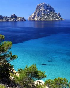Believe it or not Ibiza isn't just for clubbing, it boasts some amazing views such as this one! If you're planning on visiting get some free cashback on your holiday via TCB & Thomas Cook here http://ow.ly/n2C11