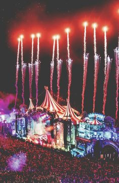 Take me to Tomorrowland Dj Music, Dance Music, Music Is Life, Music Bands, Comedy Festival, Edm Festival, Tomorrowland Music Festival, Edm Music Festivals, Concert Stage Design