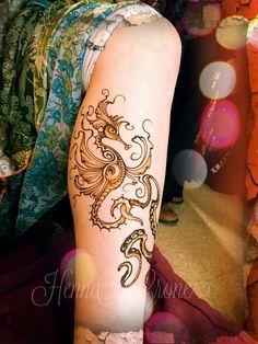 Henna crone