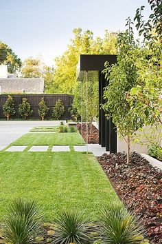 RAIN CHAINS. Landscape Design by C.O.S Design