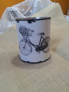1 million+ Stunning Free Images to Use Anywhere Tin Can Crafts, Diy And Crafts, Paper Crafts, Chicken Painting, Scrapbook Organization, Tin Art, Free To Use Images, Decoupage Vintage, Do It Yourself Crafts