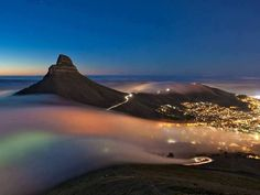 Long Exposure of Fog rolling into Cape Town, South Africa . Browse new photos about Long Exposure of Fog rolling into Cape Town, South Africa . Most Awesome Funny Photos Everyday! Because it's fun! Fog Images, Nature Images, Grand Canyon, National Geographic Photo Contest, Cape Town South Africa, Most Beautiful Cities, Amazing Places, Beautiful Sky, Beautiful Scenery