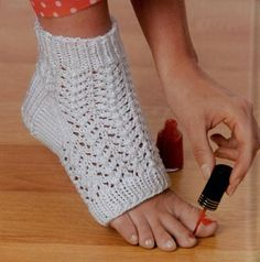 Free Crochet Pattern Toeless Socks : 1000+ images about Needles - patterns on Pinterest ...