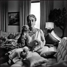 Joan Crawford in her 5th Avenue apartment, New York City, 1965. © Bruce Davidson