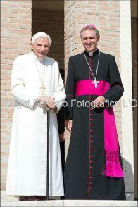 El Papa Emérito Benedicto XVI rezará este sábado ante la imagen original de la Virgen de Fátima en la capilla del antiguo monasterio Mater Eclesiae donde reside actualmente.