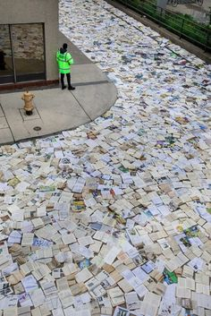 In September 2016, Luzinterruptus art group installed 10,000 books on a street near Toronto City Hall