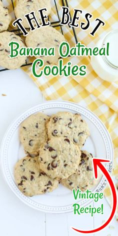 These Banana Oatmeal Cookies with chocolate chips are so good we eat them for Breakfast AND Dessert! Imagine the flavors of banana bread, oatmeal cookies and chocolate chip cookies all rolled into one? Is your mouth watering yet, because mine is! #dessert #cookie #bananacookie #bananaoatmealcookie #bananachocolatechipcookie #bananaoatmealchocolatechipcookie #recipe #numstheword #christmascookie #breakfastcookie #healthycookie #cookies Gourmet Desserts, Easy Desserts, Dessert Recipes, Peanut Butter Desserts, Chocolate Desserts, Banana Oatmeal Chocolate Chip Cookies, Home Made Candy, Snickerdoodle Recipe, Pretzel