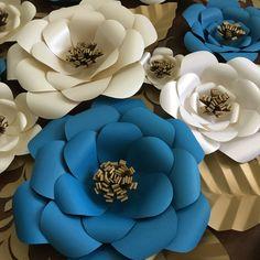 Wedding Decor   Large Paper Flower Backdrop   Set of 15