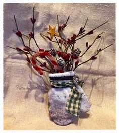 Primitive Christmas Mitten Ornie with Pip Berries